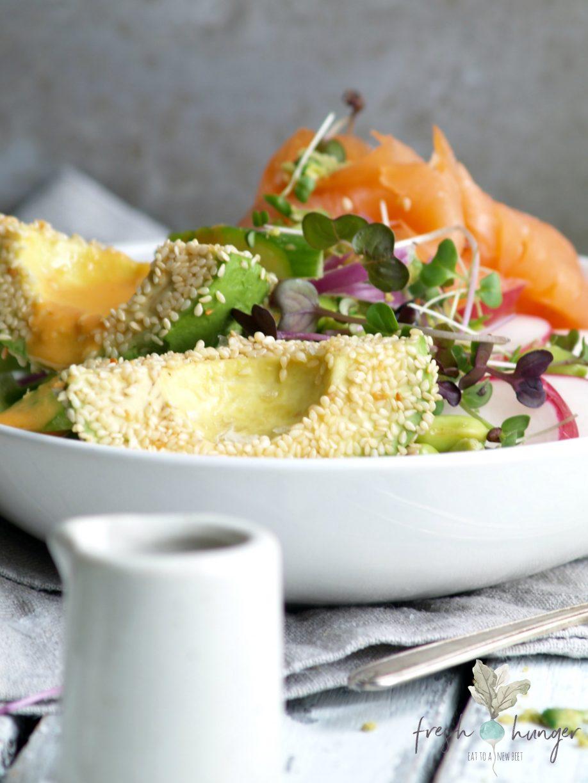 smoked salmon & avocado wasabi bowl