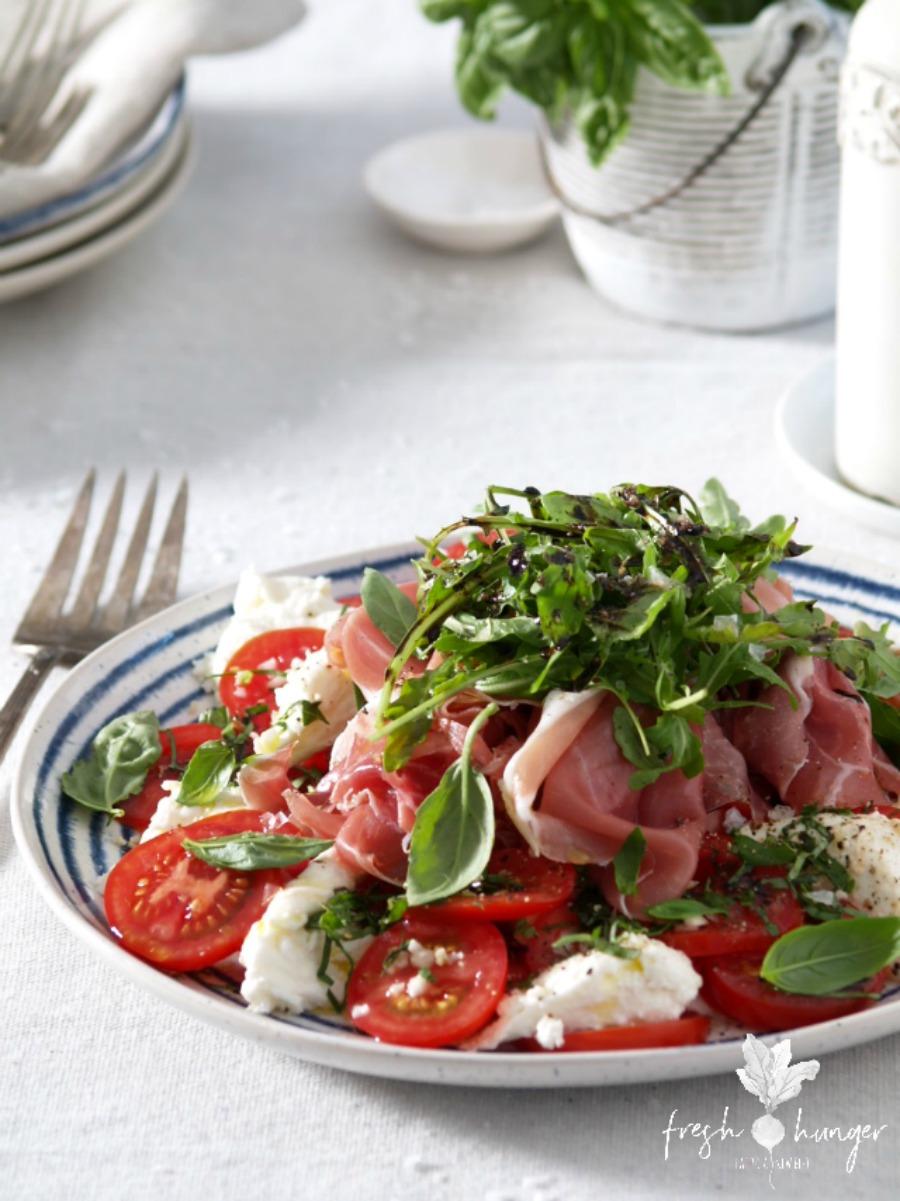 5 easy no-cook tomato recipes