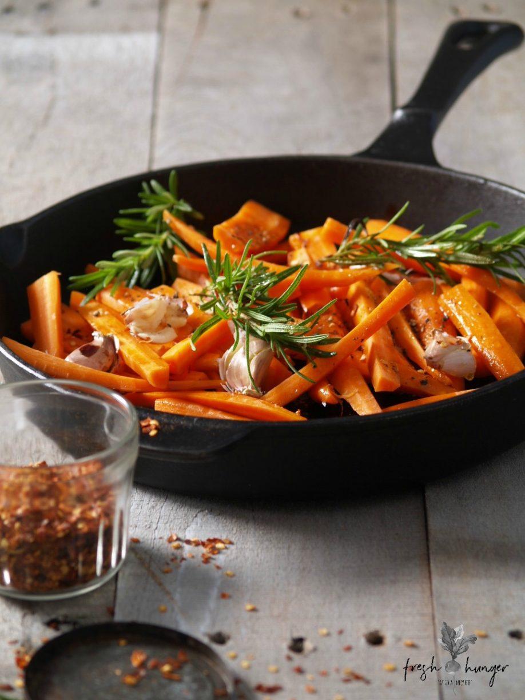 warm roasted carrot, tomato & lentil salad