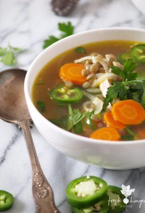 20 minute chicken & lentil soup