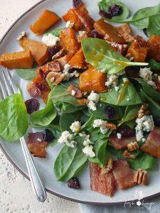 roasted pumpkin, spinach & cranberry salad