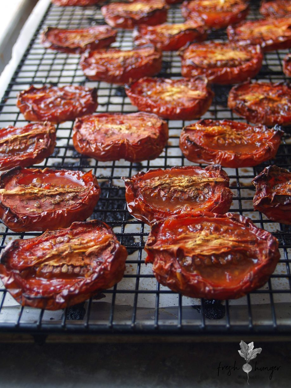 sticky roasted tomato & arugula salad