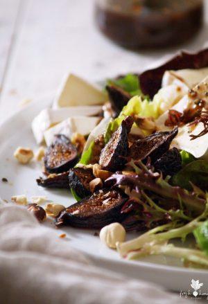 fig, pear, hazelnut & brie salad