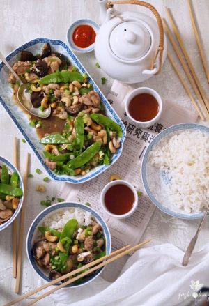 chicken, snow pea & cashew stir-fry