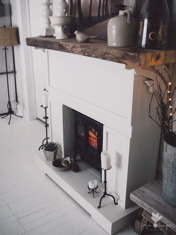 DIY Fireplace & Mantelpiece