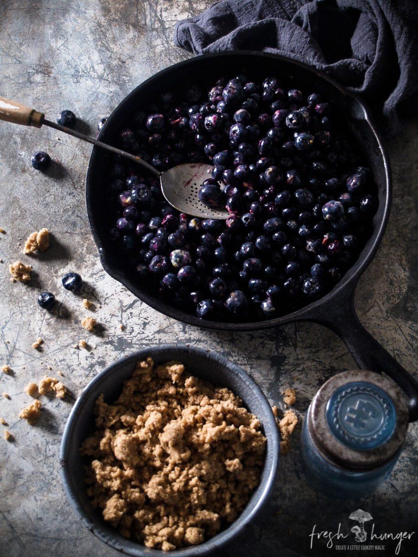 lemony blueberry crumble