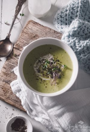 smoky cheese & asparagus soup