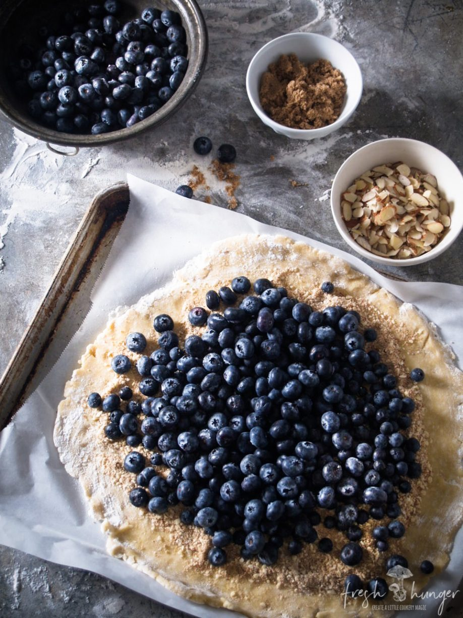 blueberry ginger crostata