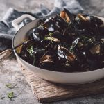 mussels in sherry basil cream