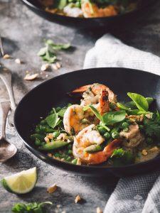 quick & easy pea & shrimp green curry