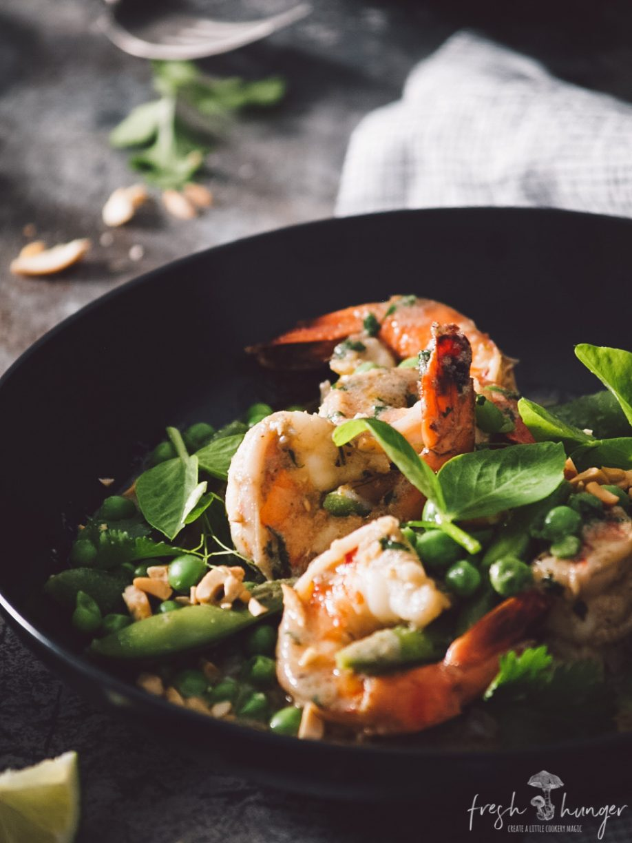 quick & easy pea & shrimp green curry