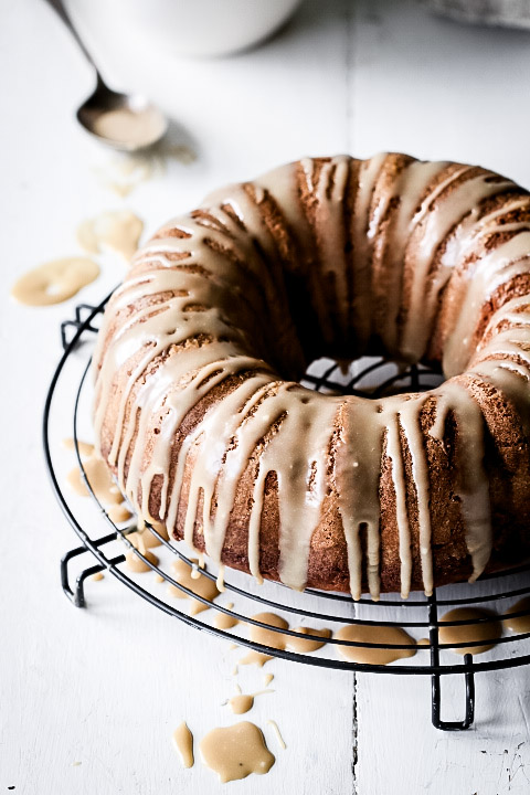 ONE-BOWL BANANA CAKE WITH CARAMEL DRIZZLE