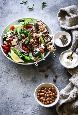 CHICKEN SOUVLAKI SALAD WITH SPICY CHICK PEAS